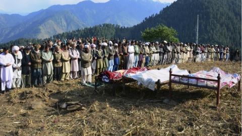 在克什米尔交火 印巴多人伤亡