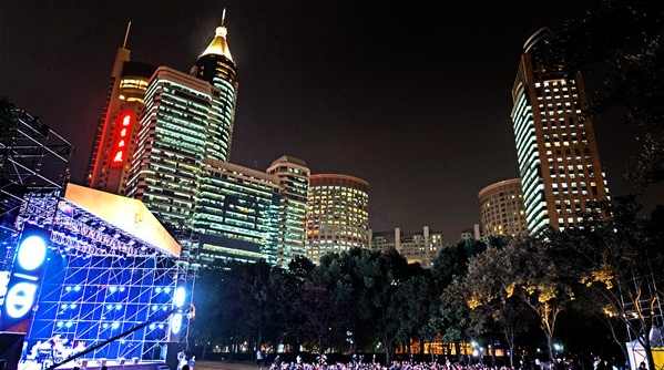"""打造""""亚洲演艺之都""""上海该如何继续发力?抓住年轻观众,就抓住了未来"""