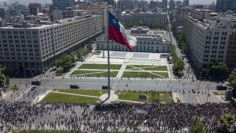 智利总统宣布,放弃主办APEC峰会和气候大会:优先应对国内局势