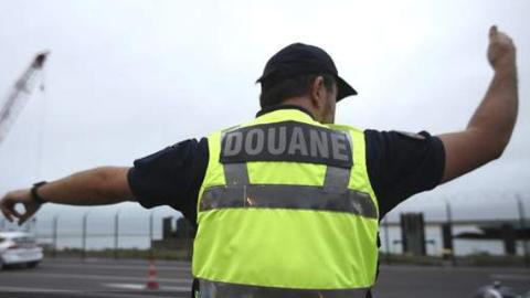 法国再度截获偷运移民卡车