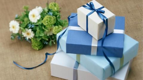 礼物包装马虎 一些收礼人可能更开心