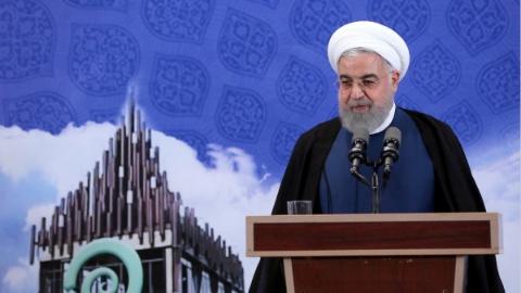 伊朗总统鲁哈尼宣布:向千余离心机注入铀气