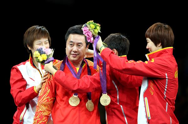 当日,在伦敦奥运会乒乓球女子团体决赛中,中国队以3比0战胜日本队夺冠。_副本.jpg