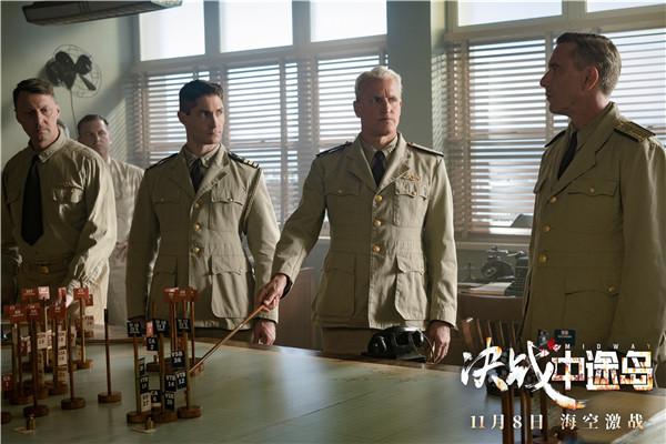 《决战中途岛》演员伍迪·哈里森(中).jpg