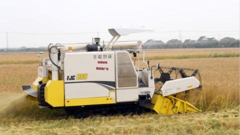 """国内首个""""5G+智慧农机""""创新示范场景来了!"""