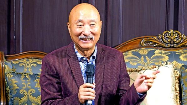 艺游上海11丨陈佩斯:笑声背后的叹息与喘息