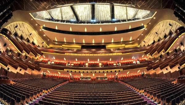 十日谈 | 大剧场小舞台如数家珍