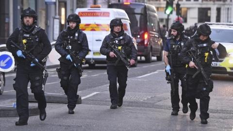 """""""黑色星期五""""伦敦桥发生恐袭"""
