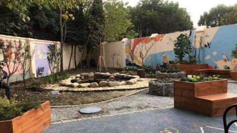 """微园、瓶子菜园、阳光花坊…… 上海长宁的这个小区""""藏""""了个""""秘密花园"""""""