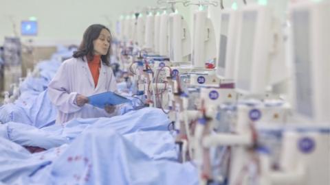 上海规模最大、设备全新的透析中心在静安区闸北中心医院揭牌运行