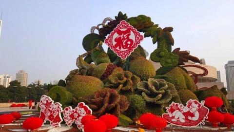 看,上海街头来了这么多小萌猪!60余组年味主题景点集体亮相
