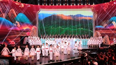 《长江之恋》晚会集十二省市建设之美,大年初二共赏长江风情画卷