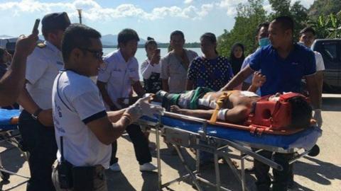 泰国快艇撞船事故 11名中国游客受伤