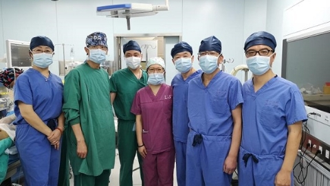 十小时惊心动魄,她的主动脉全换成人工血管!上海市一医院多学科手术救回病人