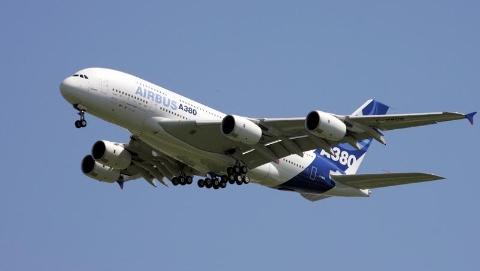 """""""巨无霸""""传奇结束:空客停产A380"""