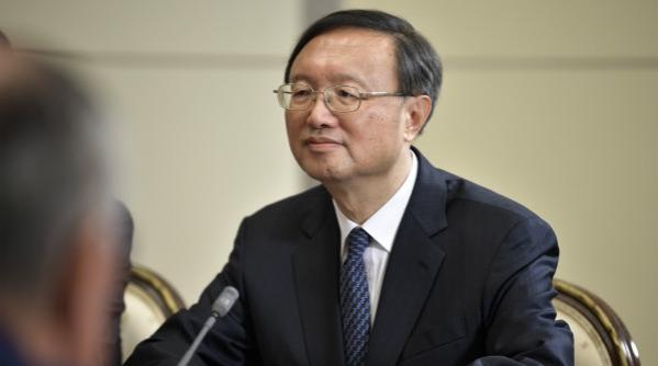 """为碎裂的""""全球拼图""""提出中国主张"""