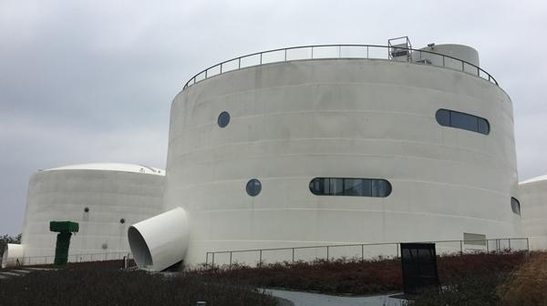 本报记者独家探访油罐艺术中心:神秘的大罐子里究竟藏了什么名堂?