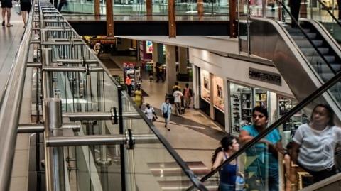 荷兰税收物价齐涨,消费者信心指数下降