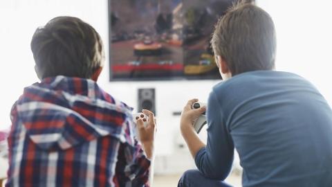 """13周岁以下青少年想玩游戏须家长先""""开锁"""""""