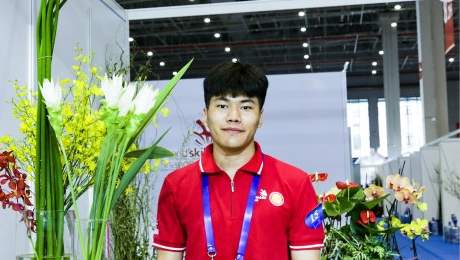 生活在上海 | 蒋孟良:20岁高级花艺师剑指世界技能大赛