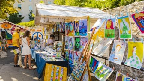全球艺术品市场 中国排第三