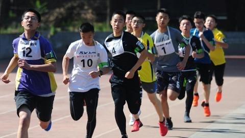 """多地涨中考体育分而上海不变 """"以考促运动""""是治本之策吗?"""