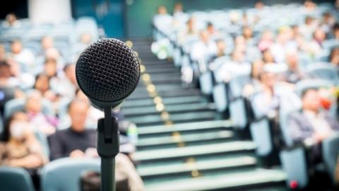 上海交大师生热议习总书记主持召开的学校思想政治理论课教师座谈会