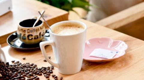 一杯总是温热的咖啡