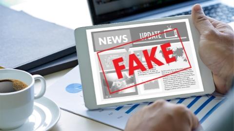 普京签署法案禁止假新闻 传谣者最高将被罚100万卢布
