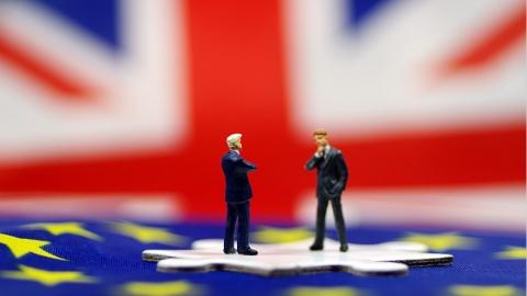 """""""分手""""给个准信 欧盟求英国""""别玩了"""""""