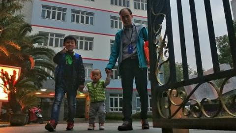 家长最晚可以18时到学校接娃!申城705所小学今起开启校内课后延时服务