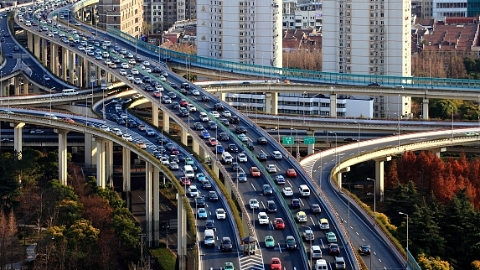 拍中了吗?上海3月车牌拍卖最低成交价89300元,中标率6%