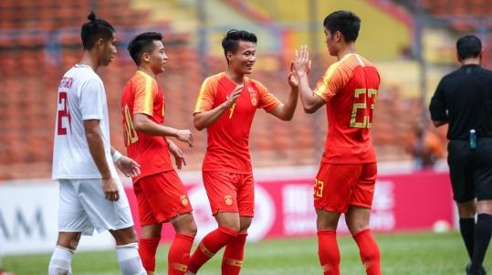 亚预赛次战8球横扫菲律宾 希丁克的国奥队渐入佳境
