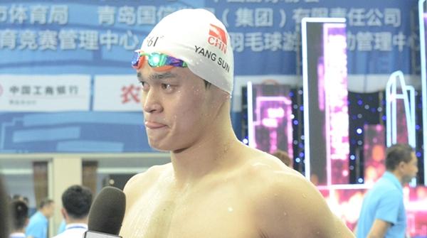 全国冠军赛夺冠又哭了,但这一次孙杨的眼泪不是为自己而是为他流