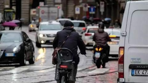 奖拼车、奖骑车,为了缓解拥堵欧洲各国煞费苦心