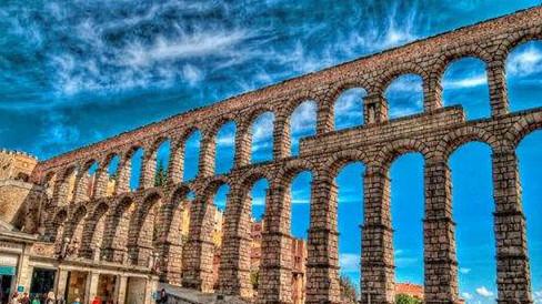 梁波罗:在西班牙观古罗马引水渠,品烤乳猪,适意