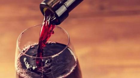 最新研究:每天一杯酒增加中风风险