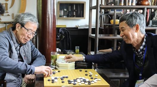 观棋妙语真性情!中国棋院两位老院长王汝南、华以刚相聚天元赛
