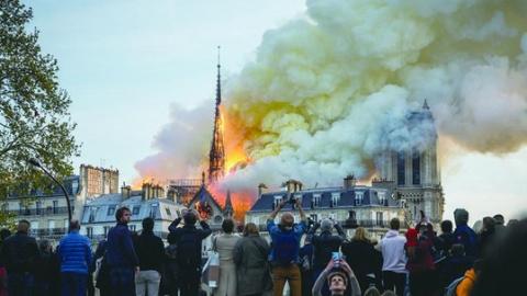 大咖视角   郑若麟:眼下的巴黎,要重建的岂止是圣母院