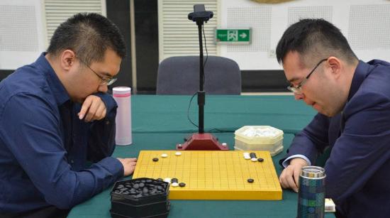 第16届倡棋杯围棋赛第二轮 6名世界冠军率先晋级八强