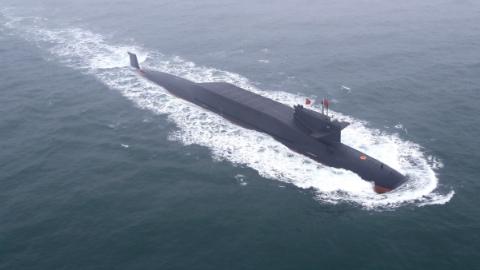 """壮哉!人民海军成立七十周年海上阅兵:我们的""""蓝色骄傲""""都出场了!"""