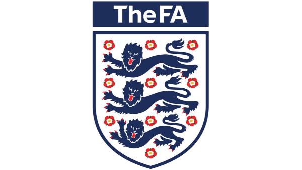 场外音|英格兰足协徽章上的三头雄狮