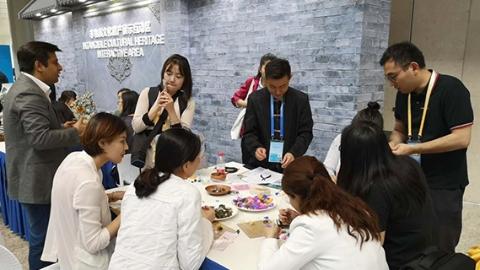 亚洲文明对话大会| 新闻中心探营:科技范+文化味 新闻盛宴在这里上演