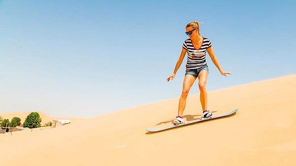 以色列沙漠滑沙.jpg