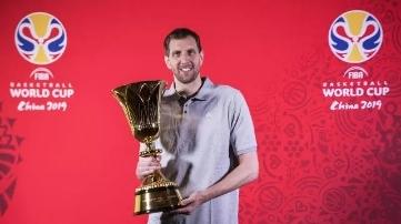 姚明、科比之后,诺维茨基成为第三位篮球世界杯全球大使