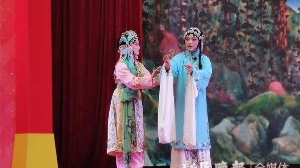 十二艺节丨文华奖惠民演出拉开序幕,各地剧种大世界里轮番唱