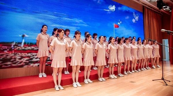 上海卫生健康行业五四表彰暨纪念五四运动100周年活动举行