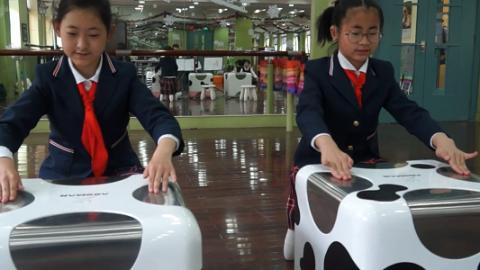 视频 | 匿名礼物送给上海地铁:感谢善良温暖的组长姐姐