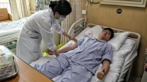 又是医学生!上海交大医学院95后男生成为上海第448例造血干细胞捐献者