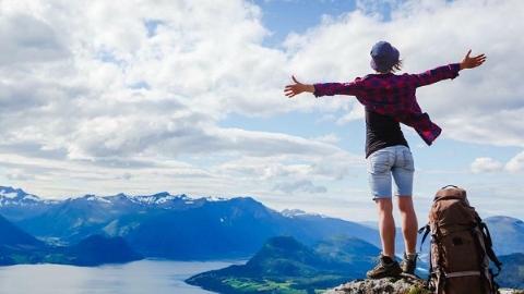 为了拍张照片去旅游?  35岁以下游客是打卡网红地的主力军